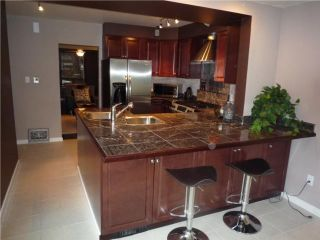 Photo 3: 500 JUBILEE Avenue in WINNIPEG: Fort Rouge / Crescentwood / Riverview Residential for sale (South Winnipeg)  : MLS®# 1011744