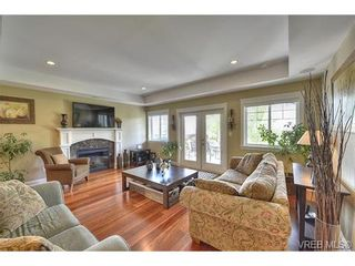 Photo 8: 1170 Deerview Pl in VICTORIA: La Bear Mountain House for sale (Langford)  : MLS®# 729928