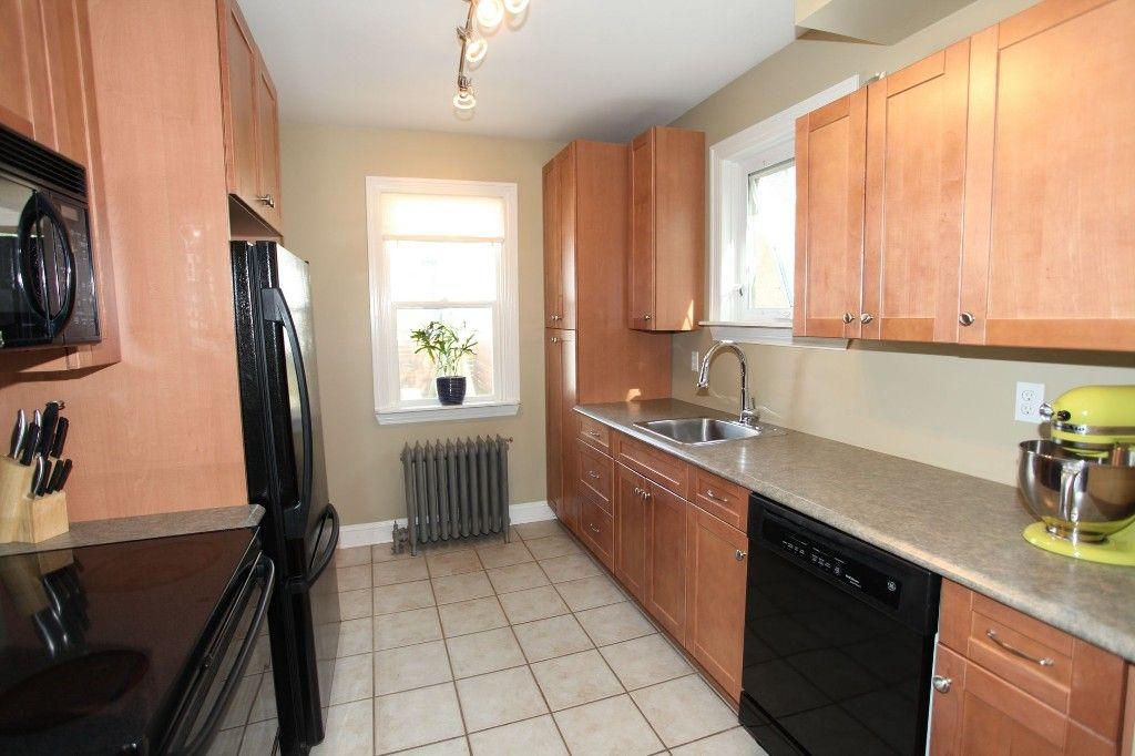 Photo 7: Photos: 233 Sherburn Street in Winnipeg: Wolseley Single Family Detached for sale (West Winnipeg)  : MLS®# 1412734