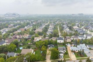 Photo 34: 386 River Road in Winnipeg: River Pointe Residential for sale (2C)  : MLS®# 202122138