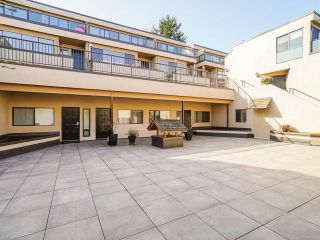 """Photo 4: 1 1214 W 7TH Avenue in Vancouver: Fairview VW Townhouse for sale in """"MARVISTA COURTS"""" (Vancouver West)  : MLS®# R2560085"""