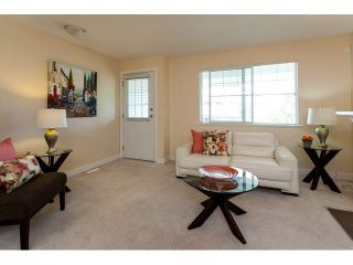"""Photo 3: 44 6555 192A Street in Surrey: Clayton Townhouse for sale in """"The Carlisle"""" (Cloverdale)  : MLS®# R2037162"""