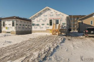 Photo 17: 63 Philip Lee DR in Winnipeg: House for sale : MLS®# 1800946