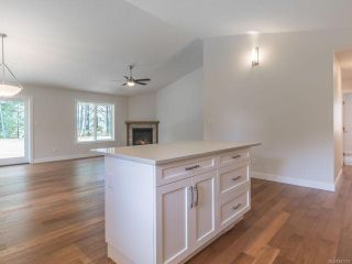 Photo 16: 2125 Caledonia Ave in NANAIMO: Na Extension House for sale (Nanaimo)  : MLS®# 841131