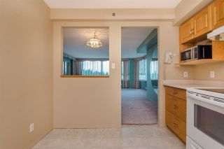 """Photo 8: 902 3170 GLADWIN Road in Abbotsford: Central Abbotsford Condo for sale in """"Regency Park Towers"""" : MLS®# R2327745"""