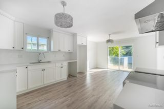 Photo 9: 5216 SMITH Avenue in Burnaby: Central Park BS 1/2 Duplex for sale (Burnaby South)  : MLS®# R2620345
