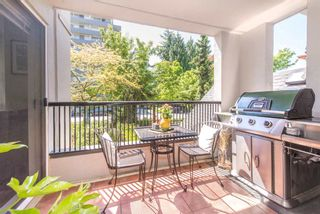 """Photo 10: 208 55 E 10TH Avenue in Vancouver: Mount Pleasant VE Condo for sale in """"Abbey Lane"""" (Vancouver East)  : MLS®# R2169638"""
