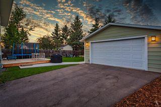 Photo 33: 712 Cedarille Way SW in Calgary: Cedarbrae Detached for sale : MLS®# A1021294