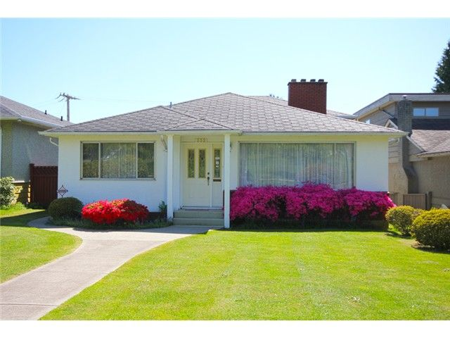Main Photo: 332 W 62ND Avenue in Vancouver: Marpole House for sale (Vancouver West)  : MLS®# V995356