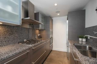 """Photo 10: 1806 1111 ALBERNI Street in Vancouver: West End VW Condo for sale in """"Shangri-La"""" (Vancouver West)  : MLS®# R2568086"""