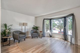 Photo 11: 135 Doverglen Place SE in Calgary: Dover Detached for sale : MLS®# A1058125