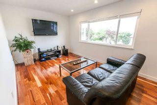 """Photo 3: 756 GILMORE Avenue in Burnaby: Willingdon Heights House for sale in """"Willingdon Heights"""" (Burnaby North)  : MLS®# R2087596"""