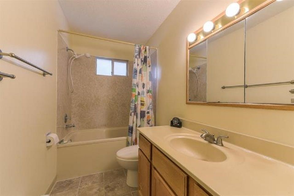 Photo 10: Photos: 9990 125 Street in Surrey: Cedar Hills House for sale (North Surrey)  : MLS®# R2395514