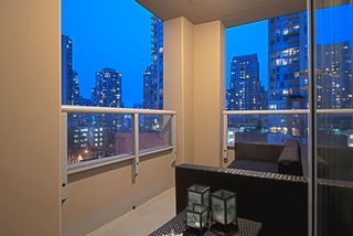 "Photo 8: 509 822 SEYMOUR Street in Vancouver: Downtown VW Condo for sale in ""L'ARIA"" (Vancouver West)  : MLS®# V938460"