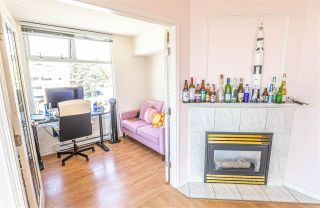 """Photo 3: 601 720 CARNARVON Street in New Westminster: Downtown NW Condo for sale in """"CARNARVON TOWERS"""" : MLS®# R2382380"""