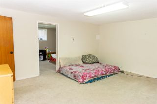 Photo 3: 2266 CASCADE Street in Abbotsford: Abbotsford West House for sale : MLS®# R2562814