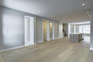 Photo 15: 632 17 Avenue NW in Calgary: Mount Pleasant Semi Detached for sale : MLS®# A1058281