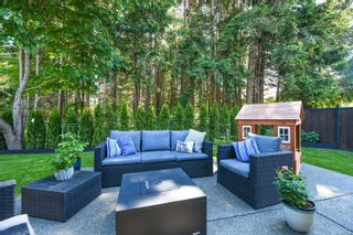 Photo 2: 1595 Baillie Rd in : CV Comox Peninsula House for sale (Comox Valley)  : MLS®# 878348
