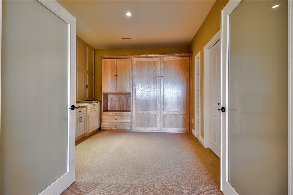 Photo 41: Photos: 153 SIGNATURE Close SW in Calgary: Signal Hill Detached for sale : MLS®# C4283177