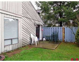 "Photo 8: 3030 TRETHEWEY Street in Abbotsford: Abbotsford West Townhouse for sale in ""Clearbrook Village"" : MLS®# F2700195"