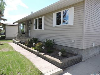 Photo 2: 188 McBurney Drive in Yorkton: Heritage Heights Residential for sale : MLS®# SK857212