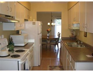 """Photo 2: 2 11491 7TH Ave in Richmond: Steveston Village Townhouse for sale in """"MARINERS VILLAGE"""" : MLS®# V647222"""