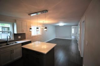 """Photo 4: 15 7790 KING GEORGE Boulevard in Surrey: East Newton Manufactured Home for sale in """"CRISPEN BAYS"""" : MLS®# R2426382"""