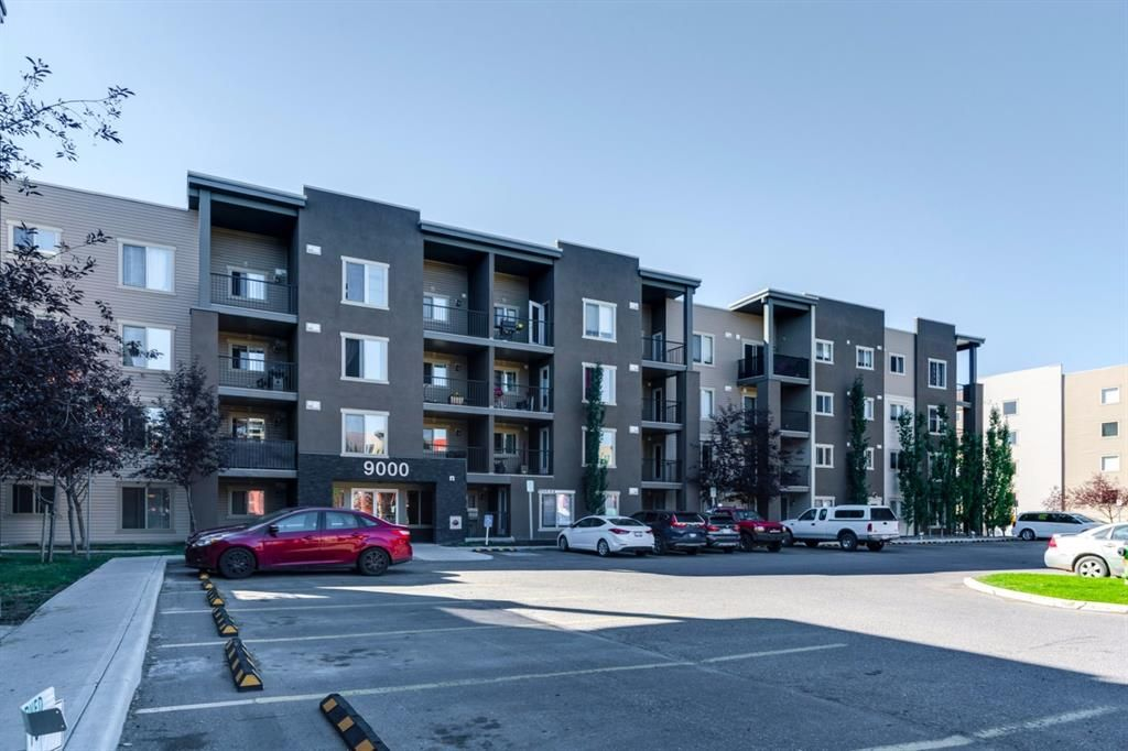Main Photo: 9302 403 MACKENZIE Way SW: Airdrie Apartment for sale : MLS®# A1032027