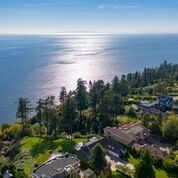 """Photo 3: Photos: 13836 MARINE Drive: White Rock House for sale in """"Marine Drive West"""" (South Surrey White Rock)  : MLS®# R2355355"""