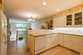 """Photo 19: 4 3405 PLATEAU Boulevard in Coquitlam: Westwood Plateau Townhouse for sale in """"Pinnacle Ridge"""" : MLS®# R2617642"""