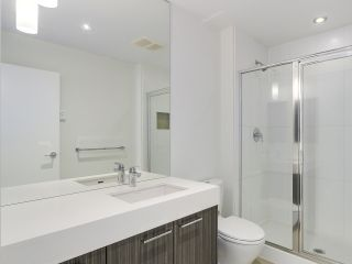 Photo 10: 103 553 FOSTER Avenue in Coquitlam: Coquitlam West Condo for sale : MLS®# R2188307