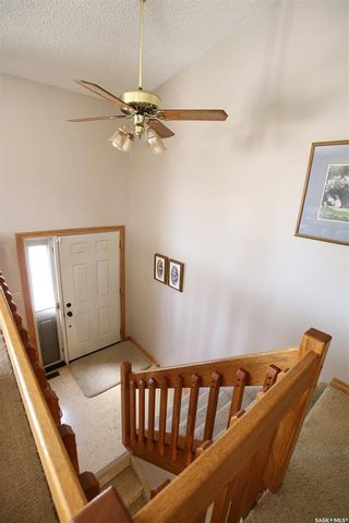 Photo 3: 245 Alpine Crescent in Swift Current: South West SC Residential for sale : MLS®# SK785077