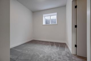 Photo 36: 60 19 Street NW in Calgary: West Hillhurst Semi Detached for sale : MLS®# A1145626