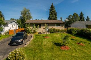 Photo 3: 7826 QUEENS Crescent in Prince George: Lower College House for sale (PG City South (Zone 74))  : MLS®# R2488540