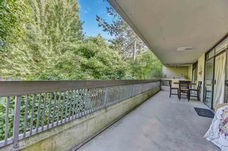"""Photo 3: 212 5932 PATTERSON Avenue in Burnaby: Metrotown Condo for sale in """"Parkcrest"""" (Burnaby South)  : MLS®# R2609182"""