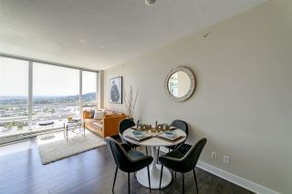"""Photo 5: 2207 2968 GLEN Drive in Coquitlam: North Coquitlam Condo for sale in """"Grand Central 2 by Intergulf"""" : MLS®# R2539858"""