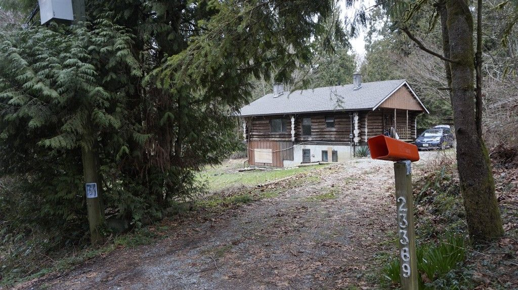 Main Photo: 23369 141th  Ave in Maple Ridge: Silver Valley House for sale : MLS®# R2039198