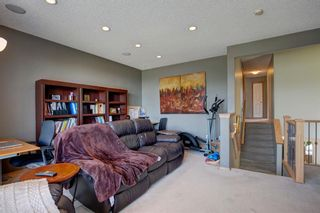 Photo 14: 223 Springborough Way SW in Calgary: Springbank Hill Detached for sale : MLS®# A1114099