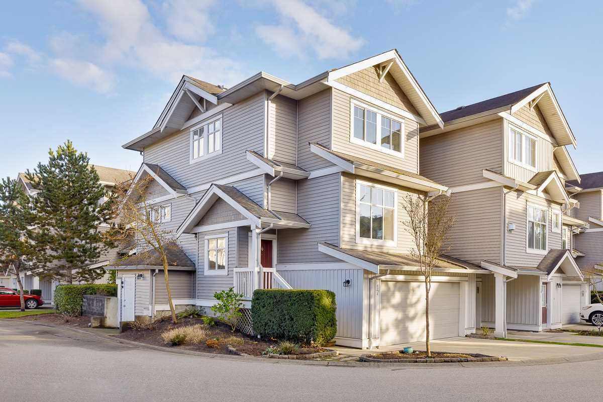 """Main Photo: 17 16760 61 Avenue in Surrey: Cloverdale BC Townhouse for sale in """"HARVEST LANDING"""" (Cloverdale)  : MLS®# R2541988"""