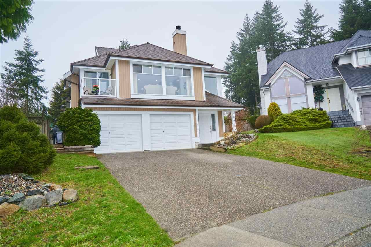 Main Photo: 704 DEASE Place in Coquitlam: Coquitlam East House for sale : MLS®# R2252413