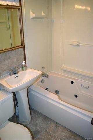 Photo 12: 549 Clifton Street in Winnipeg: Wolseley Residential for sale (5B)  : MLS®# 1818052