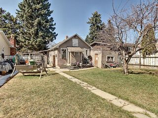 Photo 2: 916 18A Street NE in Calgary: Mayland Heights Detached for sale : MLS®# A1098455