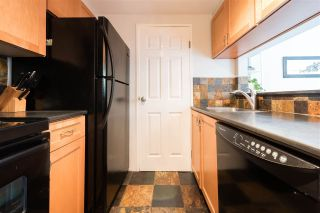 """Photo 8: 106 555 W 14TH Avenue in Vancouver: Fairview VW Condo for sale in """"CAMBRIDGE PLACE"""" (Vancouver West)  : MLS®# R2216351"""