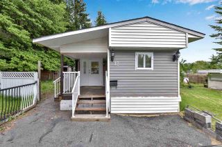"""Photo 1: 12 6280 KING GEORGE Boulevard in Surrey: Panorama Ridge Manufactured Home for sale in """"WHITE OAKS"""" : MLS®# R2583644"""