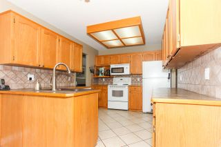 Photo 6: 11570 WARESLEY Street in Maple Ridge: Southwest Maple Ridge House for sale : MLS®# R2096912