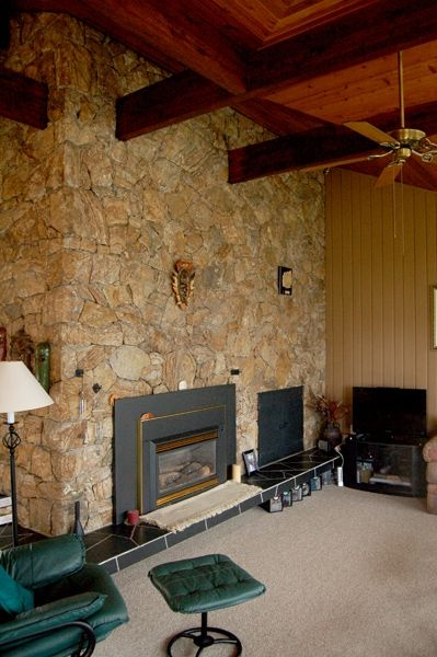 Photo 5: Photos: 4021 Lakeside Road in Penticton: Penticton South Residential Detached for sale : MLS®# 136028