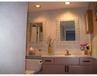 """Photo 2: 1202 1250 QUAYSIDE Drive in New_Westminster: Quay Condo for sale in """"PROMENADE"""" (New Westminster)  : MLS®# V710757"""