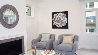 """Photo 2: 1836 W 12TH Avenue in Vancouver: Kitsilano Townhouse for sale in """"THE FOX HOUSE"""" (Vancouver West)  : MLS®# R2215498"""