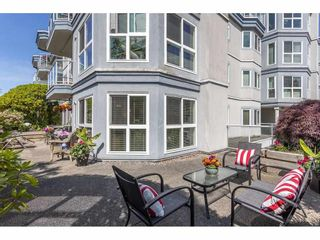 """Photo 24: 101 15941 MARINE Drive: White Rock Condo for sale in """"The Heritage"""" (South Surrey White Rock)  : MLS®# R2591259"""