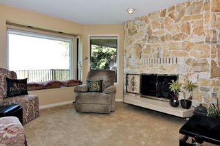 """Photo 2: 2551 ZURICH Drive in Abbotsford: Abbotsford East House for sale in """"Glen Mountain"""" : MLS®# R2370000"""